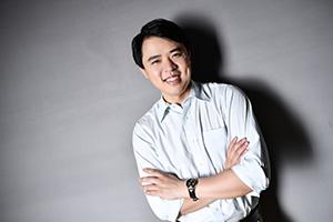 韩健(小).jpg