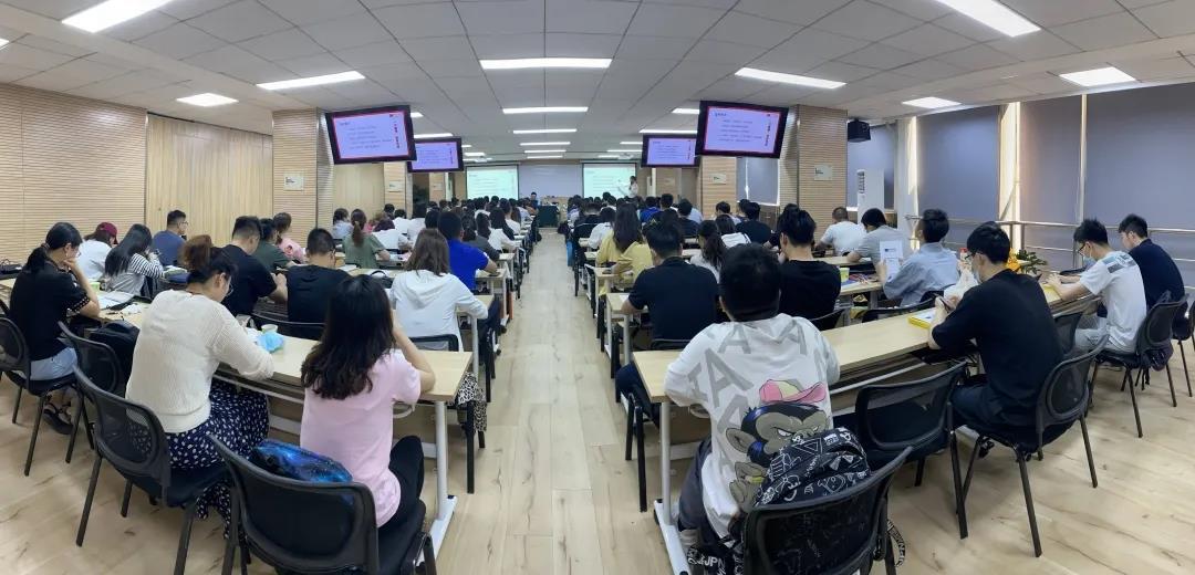 /uploads/image/2021/06/06/系统一班全景图.jpg